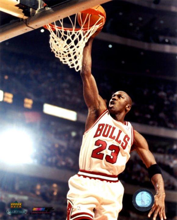 meet eeb48 9236d Michael Jordan Pictures: Dunking with the Bulls